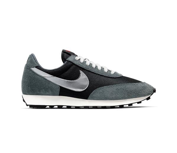 나이키 데이브레이크 메탈릭 실버 / Nike Daybreak Metallic Silver
