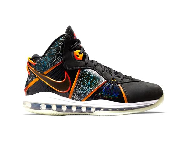 나이키 X 스페이스 잼: 새로운 시대 르브론 8 / Nike X Space Jam: A New Legacy LeBron 8