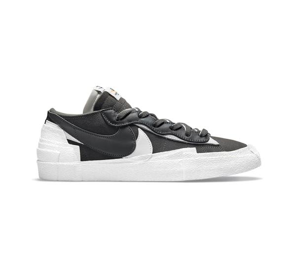 나이키 X 사카이 블레이저 로우 아이언 그레이 / Nike X Sacai Blazer Low Iron Grey